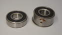This photo shows the single-row bearing next to the double-row bearing (right).