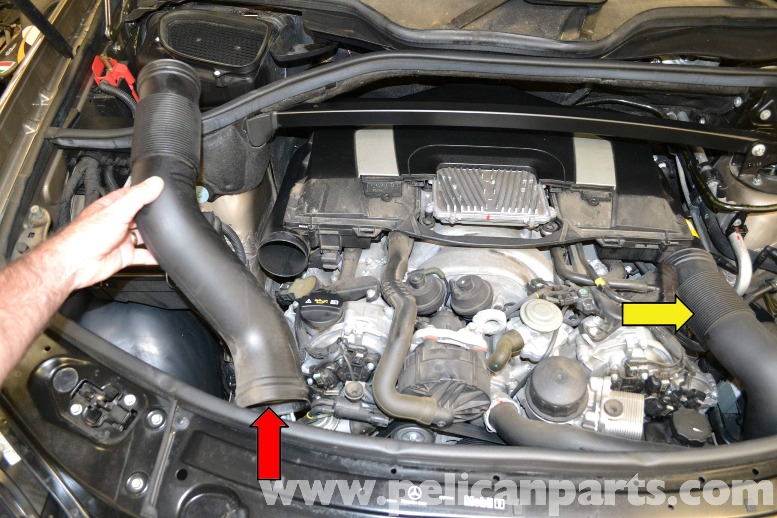 Mercedes-Benz X164 Engine Cover Removal (2007-2014) GL350