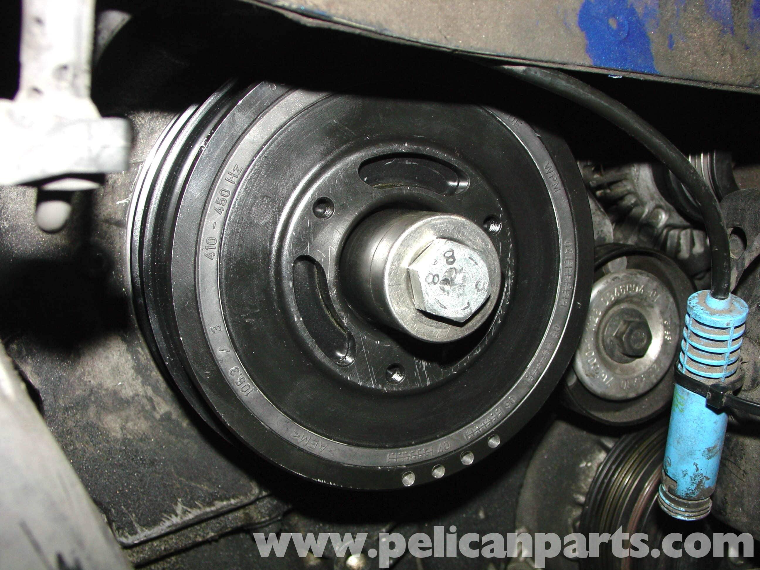 MINI Cooper Crankshaft Pulley Replacement (R50/R52/R53 2001-2006