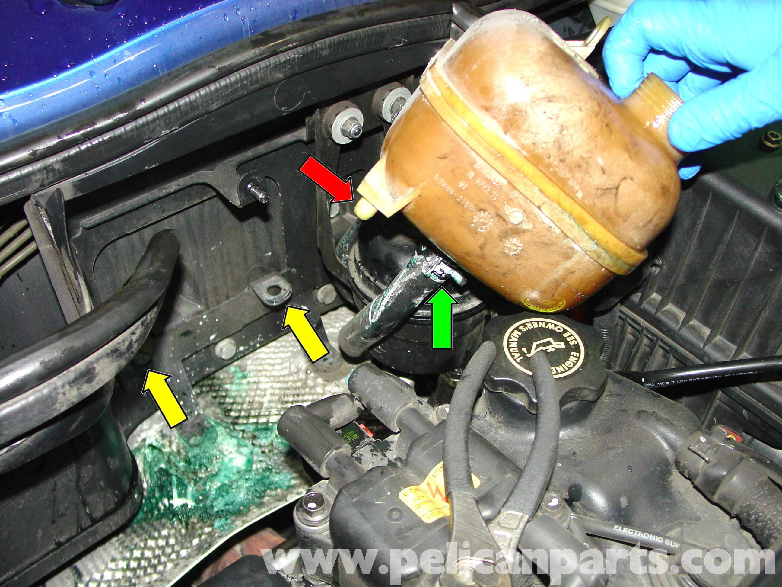 MINI Cooper Coolant Expansion Tank Replacement (R50/R52/R53 2001 ...