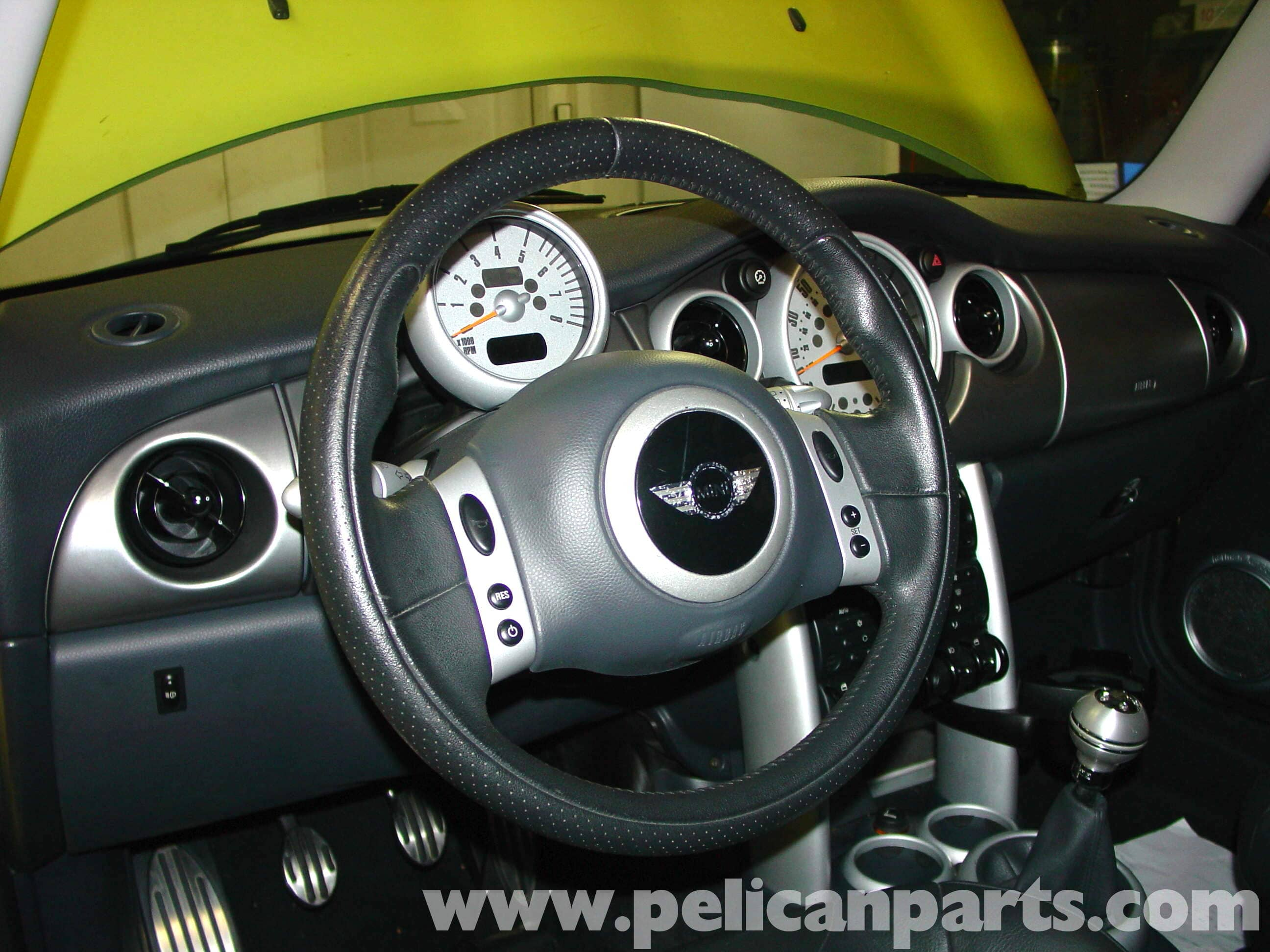 mini cooper steering wheel wiring harness mini cooper changing airbag and steering wheel  r50 r52 r53 2001  changing airbag and steering wheel