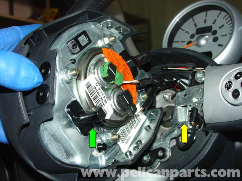 2005 Prius Battery >> MINI Cooper Changing Airbag and Steering Wheel (R50/R52
