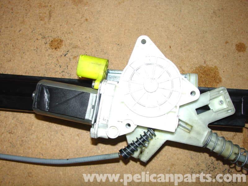 MINI Cooper Window Regulator Replacement (R50/R52/R53 2001