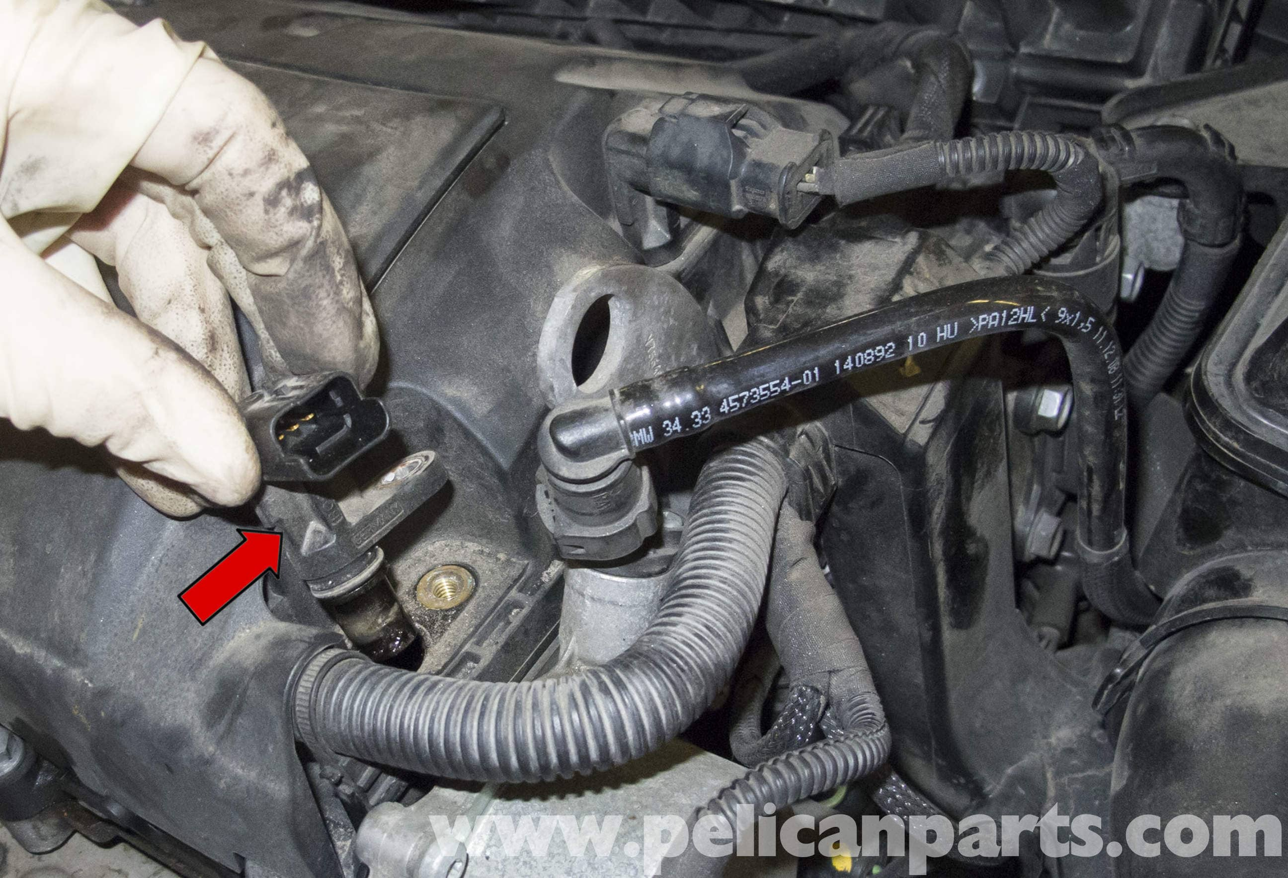 MINI Cooper R56 Camshaft Sensor Replacement (2007-2011