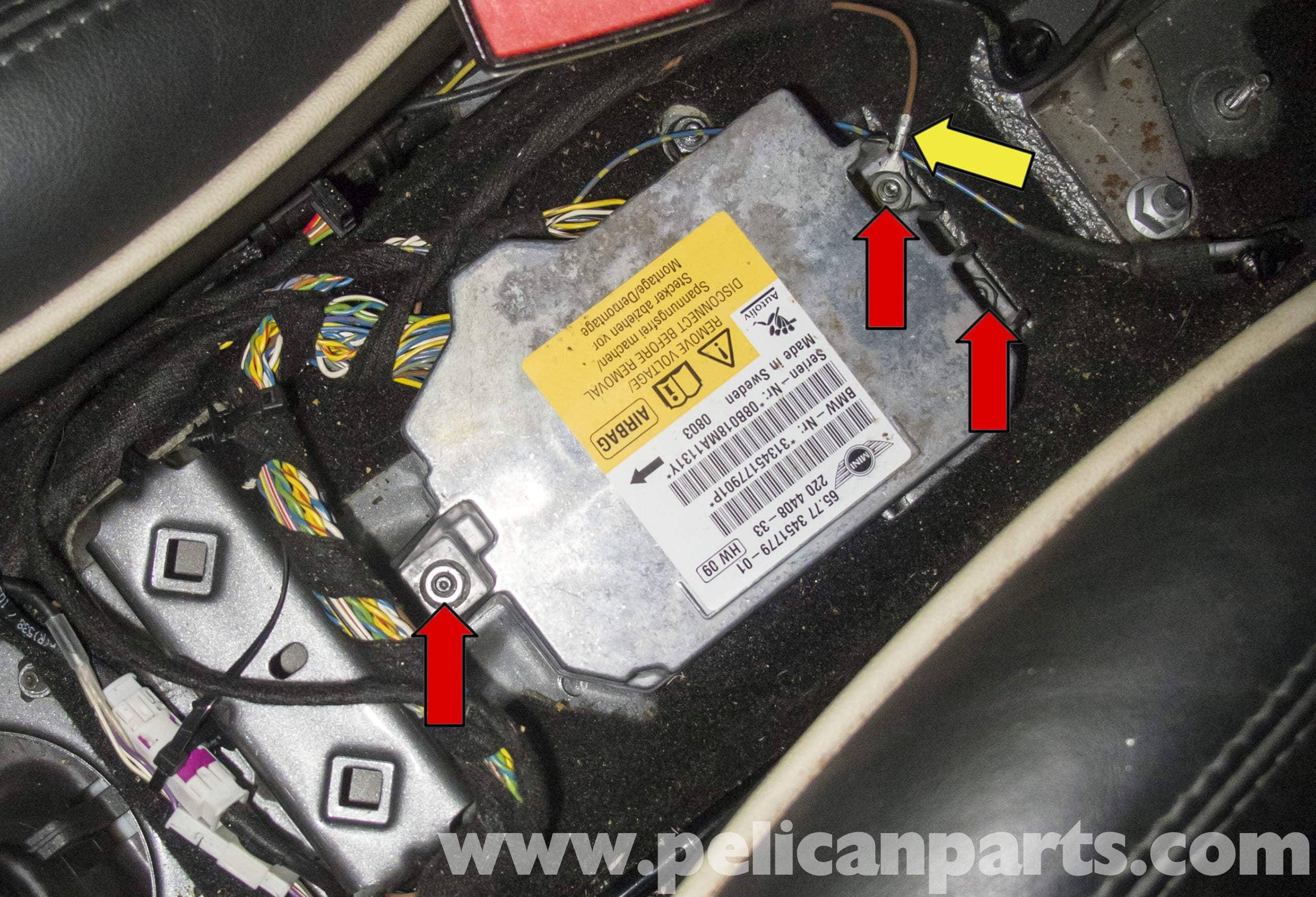 MINI Cooper R56 Airbag Module Replacement (2007-2011