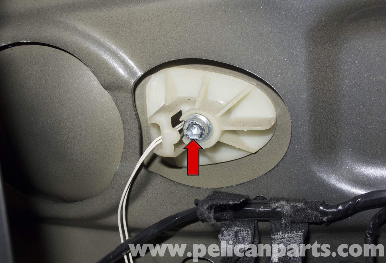 Mini Cooper R56 Door Handle Replacement  2007