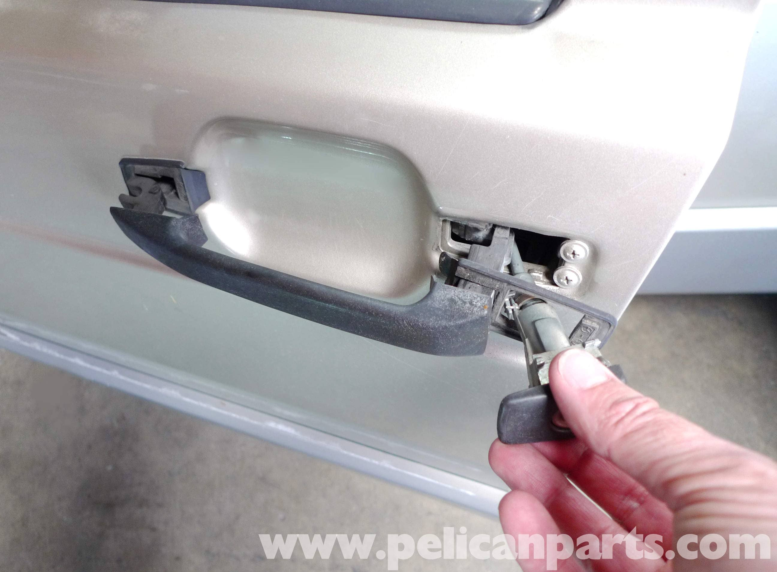 Mercedes Benz 190e Door Handle Removal And Replacement