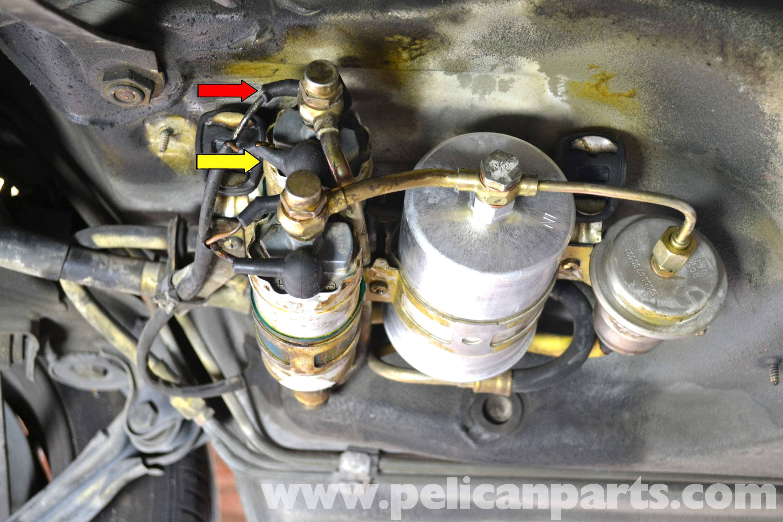pic03 mercedes benz 190e fuel pump replacement w201 1987 1993 Mercedes Fuel Pump Relay Troubleshooting at pacquiaovsvargaslive.co