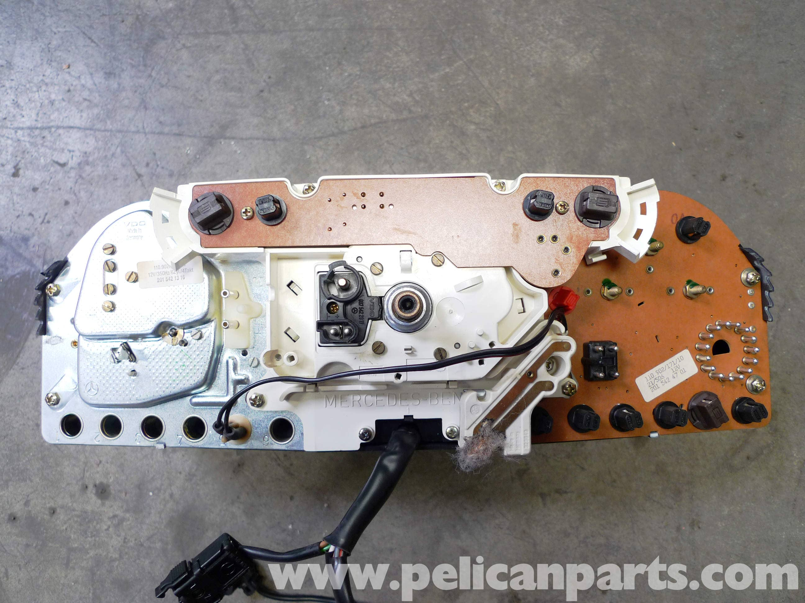 Mercedes Benz 190e Instrument Cluster Removal W201 1987 1993 1991 Bmw E30 Instrut Wiring Large Image Extra