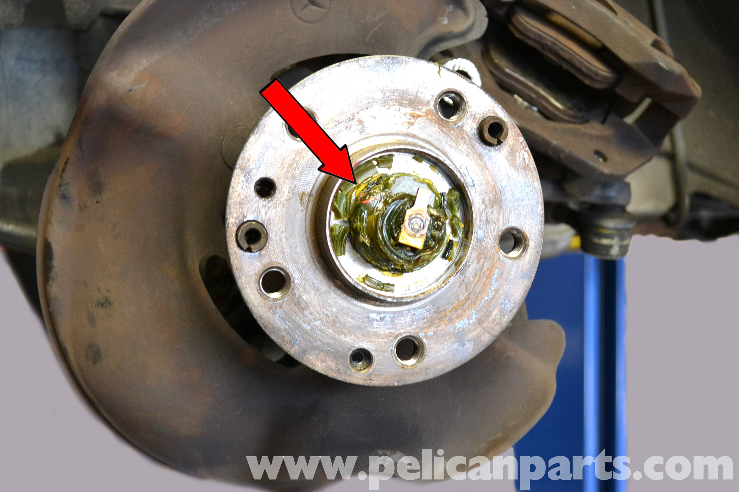 Mercedes benz 190e front wheel bearing replacement w201 1987 large image extra large image sciox Gallery