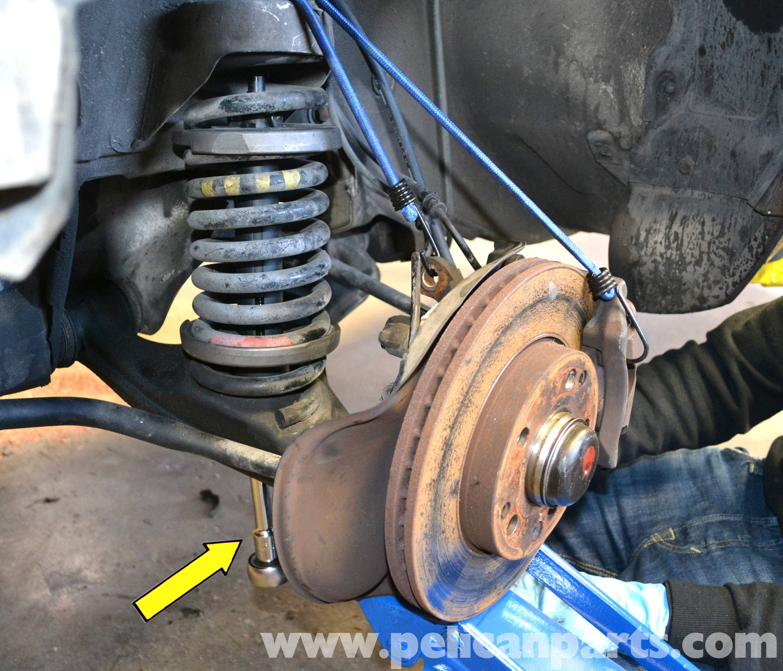 Front Suspension: Mercedes-Benz 190E Front Strut And Spring Replacement