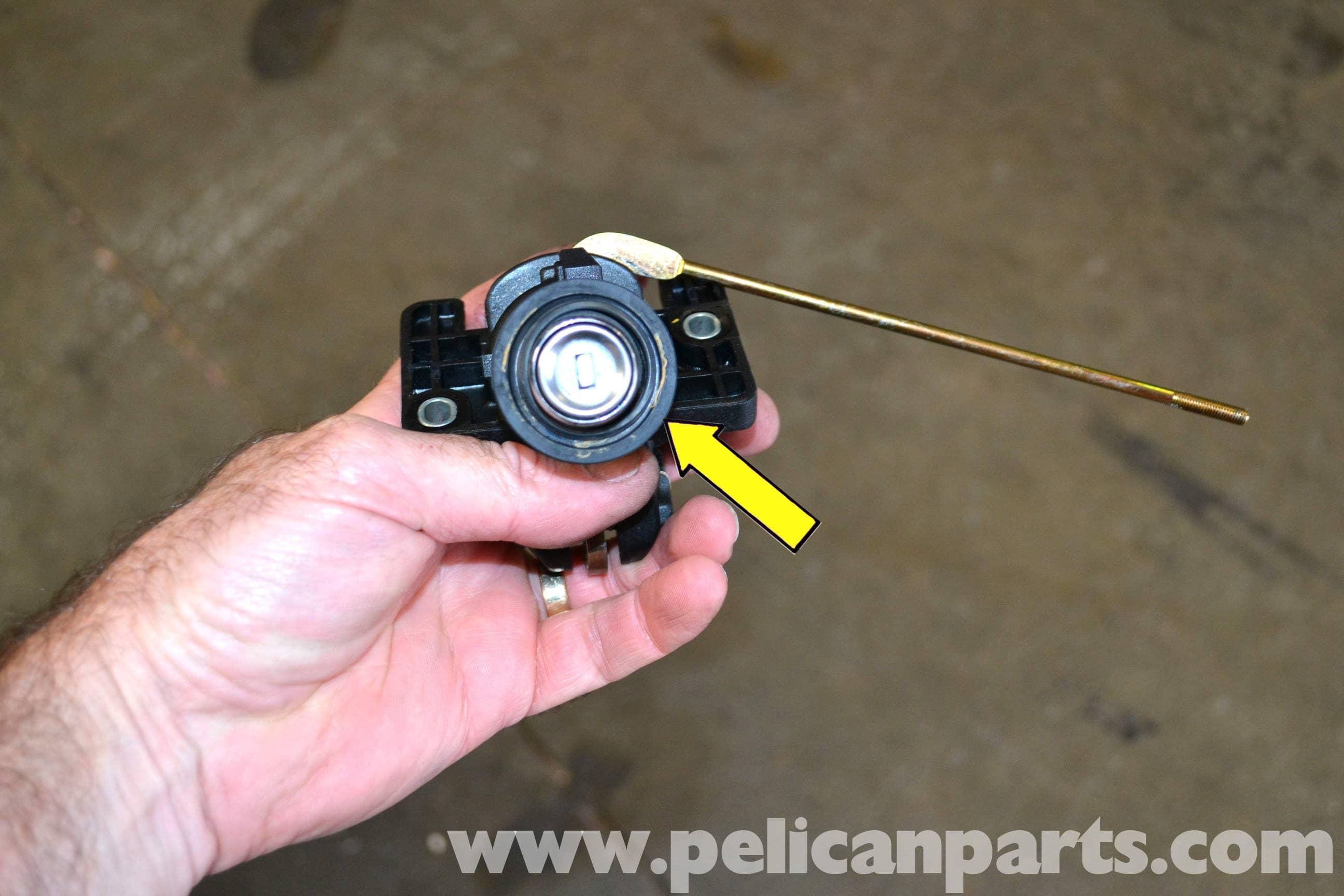 Mercedes Benz 190e Trunk Vacuum Actuator Replacement