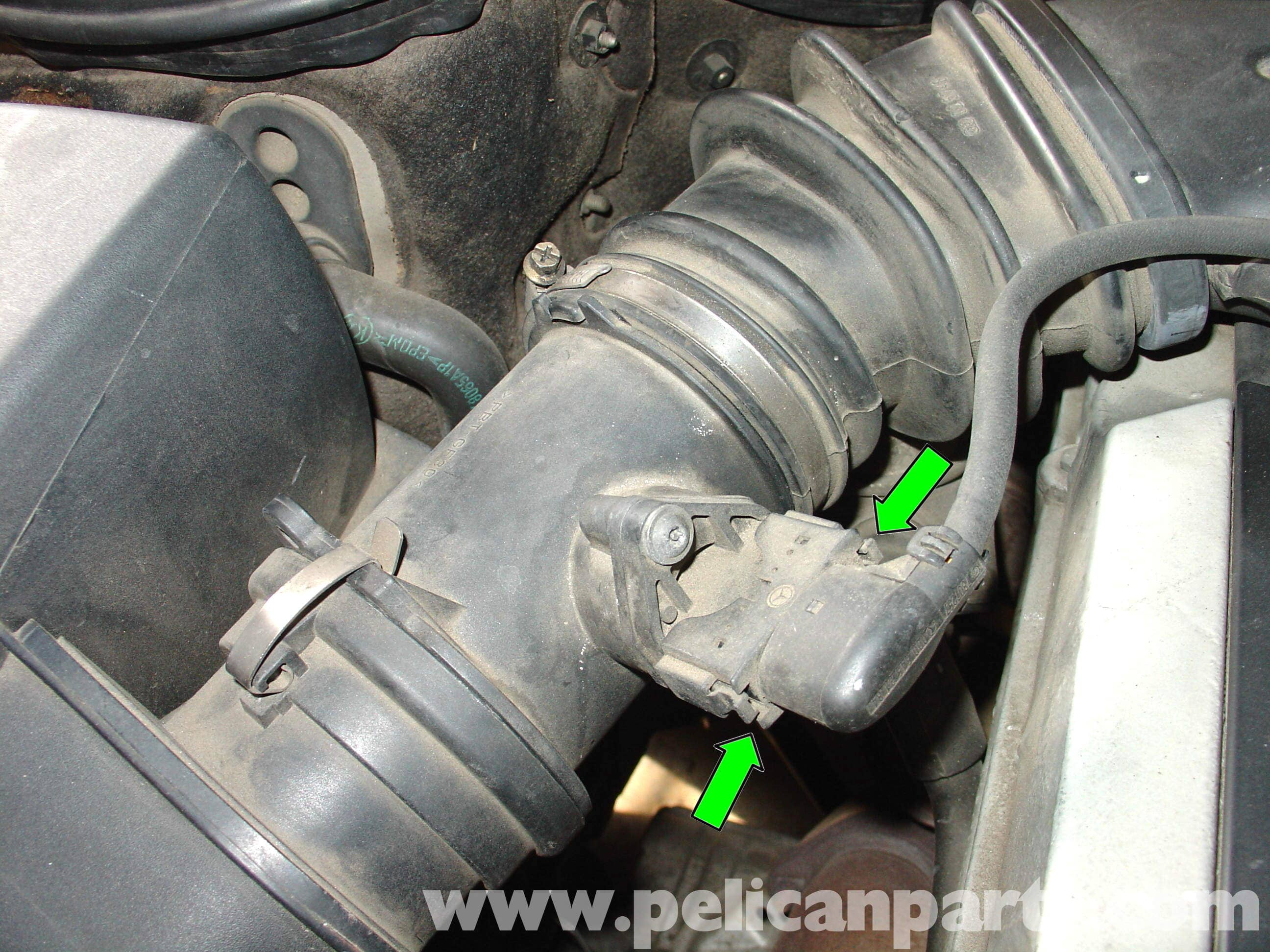 pic03 mercedes benz w210 maf sensor replacement (1996 03) e320, e420 Crank Sensor 5V or 12V at aneh.co