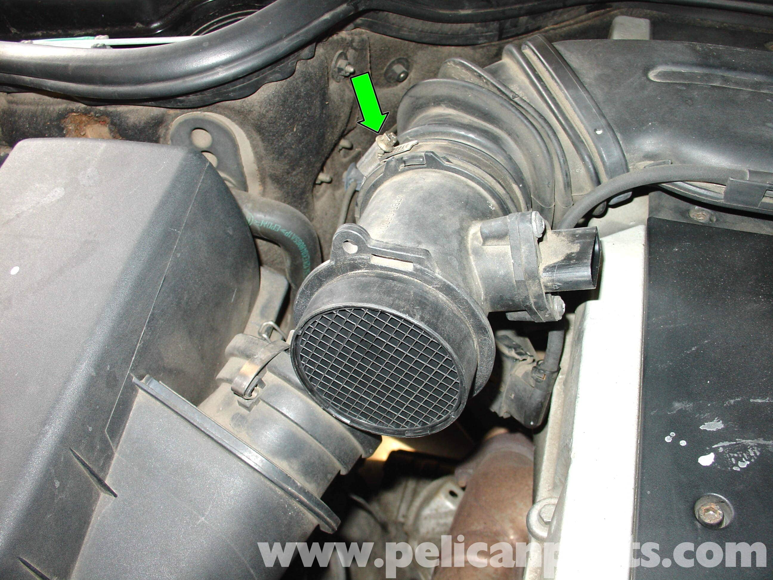 pic05 mercedes benz w210 maf sensor replacement (1996 03) e320, e420 Crank Sensor 5V or 12V at aneh.co