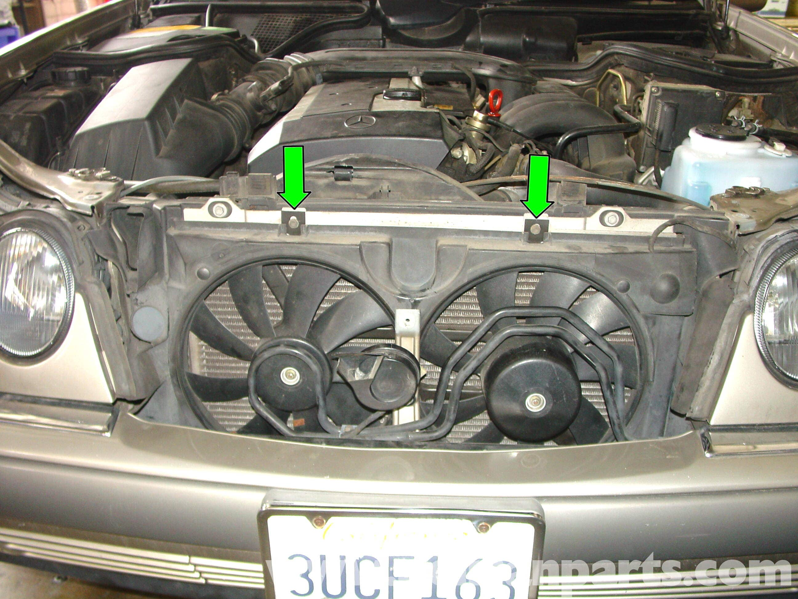 Mercedes-Benz W210 Auxiliary Cooling Fan Belt Replacement