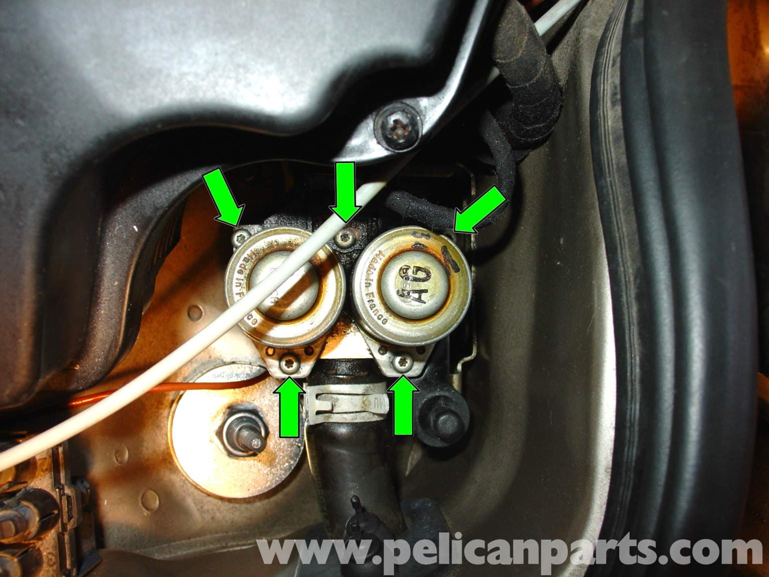 Mercedes Benz W210 Heater Control Valve Disassembly And