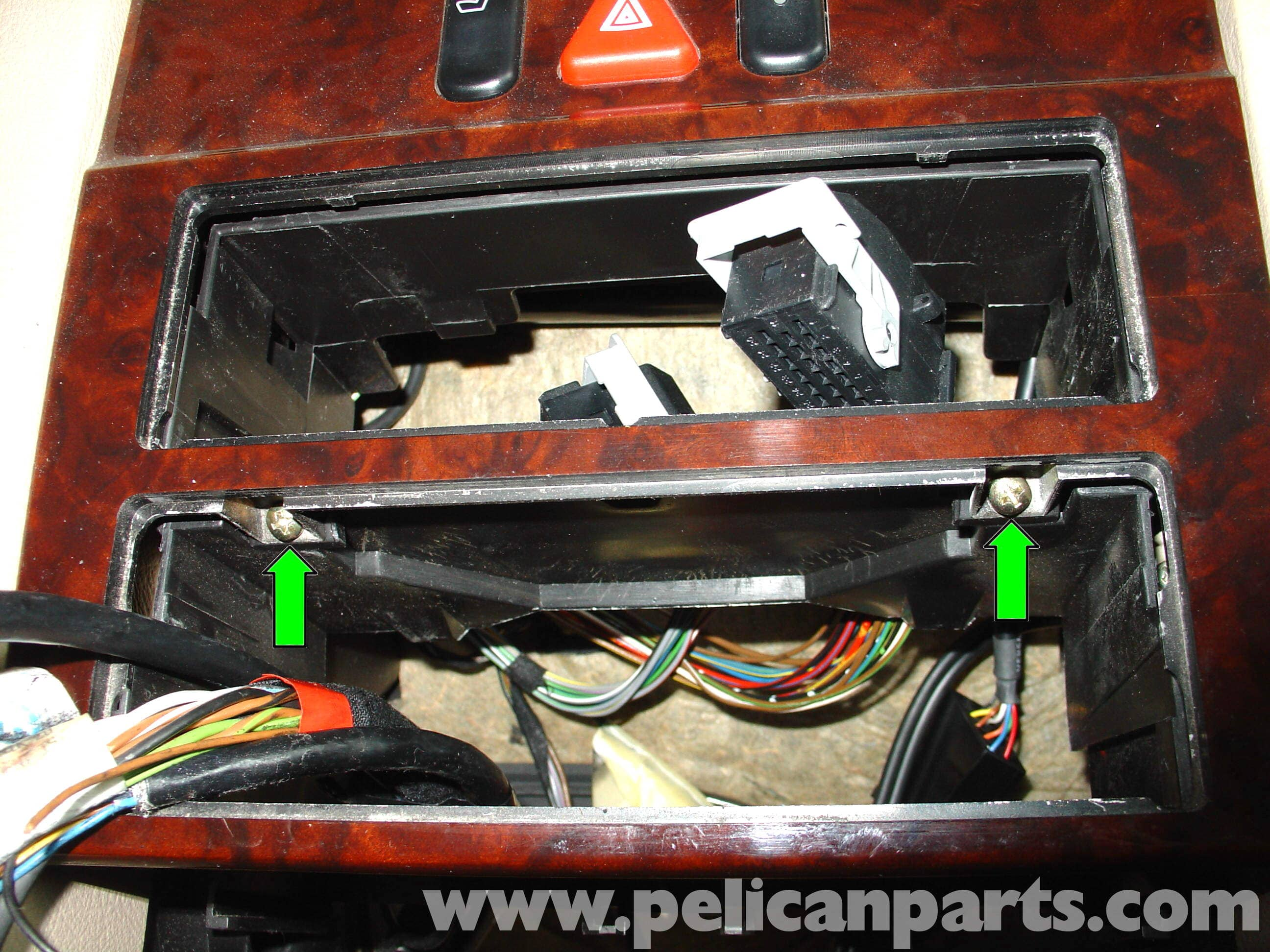 Pic11 mercedes benz w210 auxiliary ipod input (1996 03) e320, e420 Wire Harness Assembly at metegol.co
