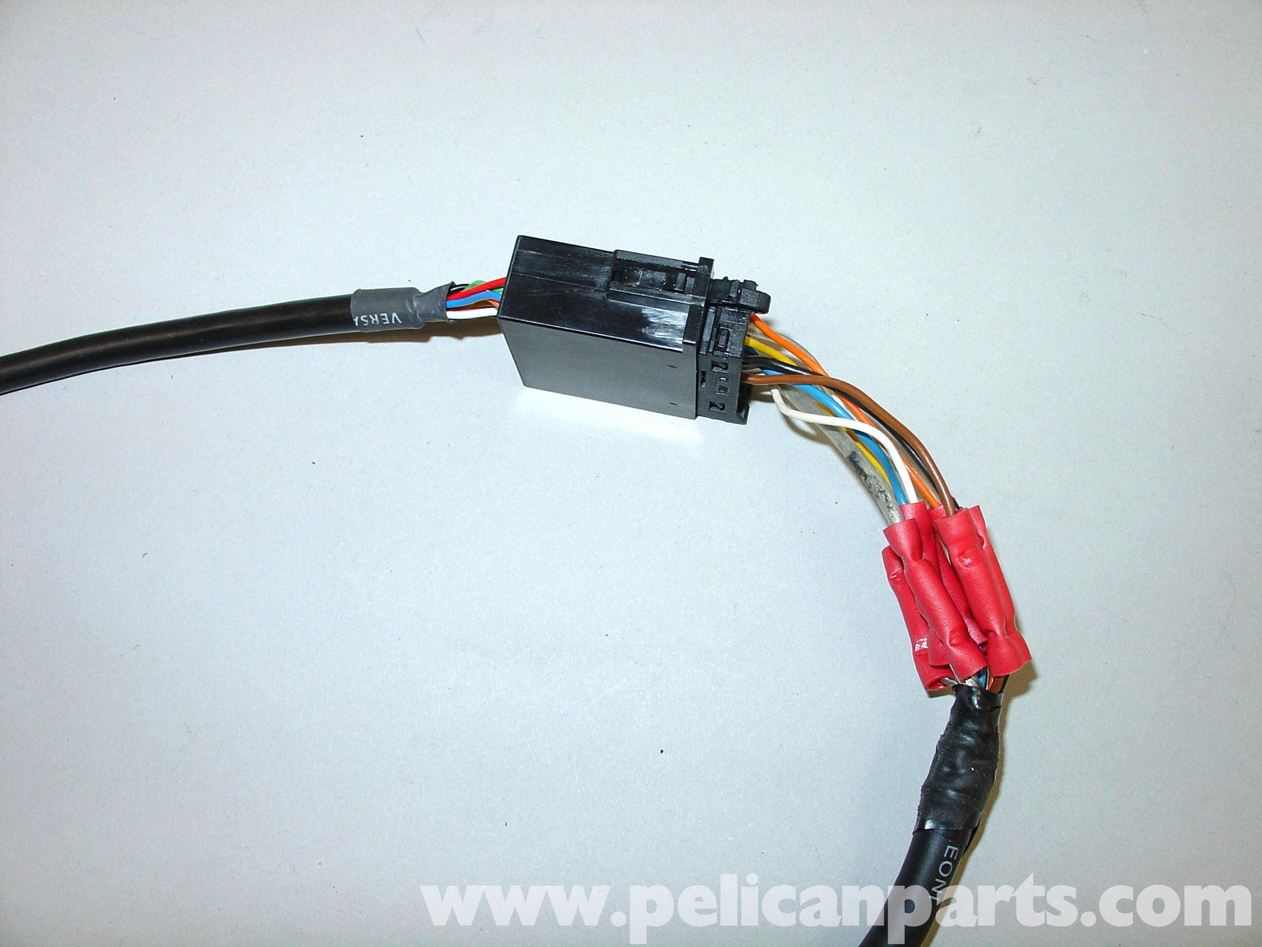 pic08 mercedes benz w210 auxiliary ipod input (1996 03) e320, e420 mercedes wiring harness connectors at gsmportal.co