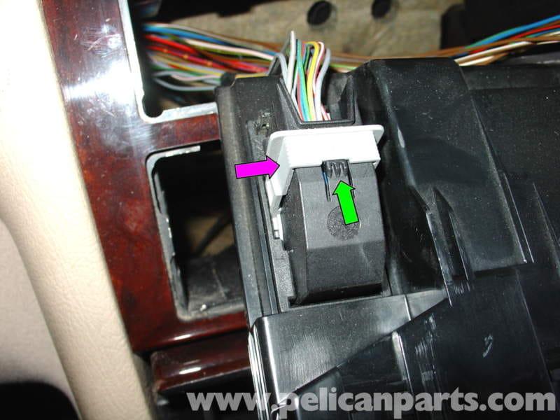 Pic10 mercedes benz w210 auxiliary ipod input (1996 03) e320, e420