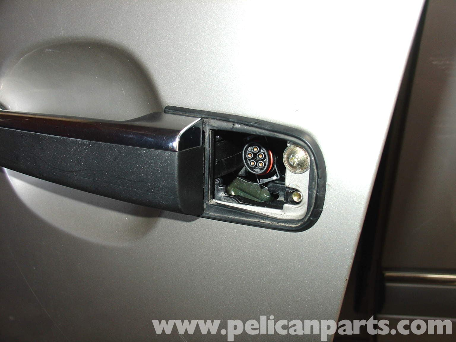 how to fix loose driver side mirror camry screw