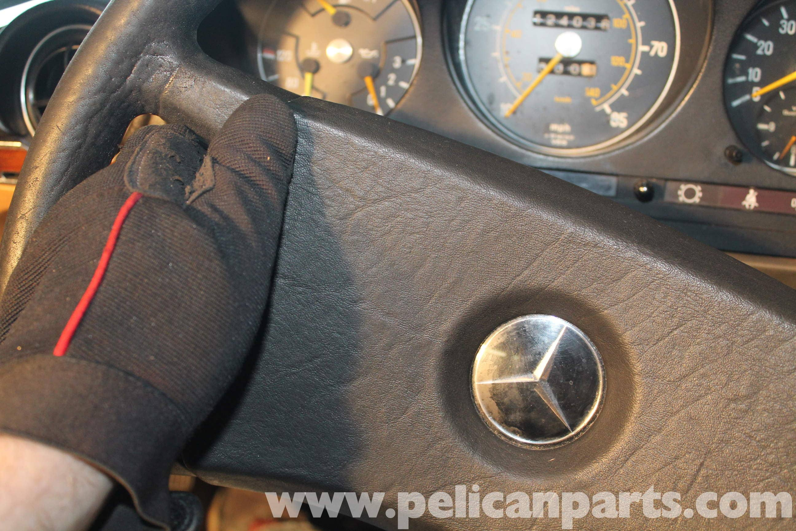 Knocking in the steering column: causes of malfunction and solutions