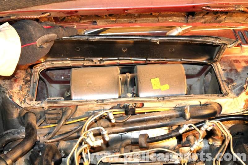 Mercedes-Benz R107 Heater Blower Motor Replacement   1972-1986 ...