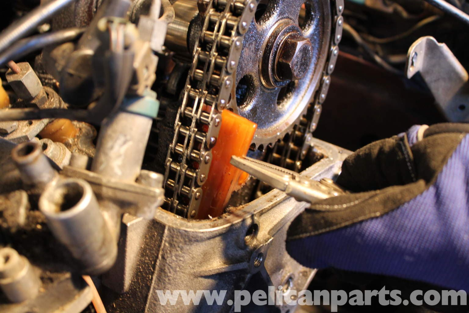 Pic on Mercedes 380sl Engine
