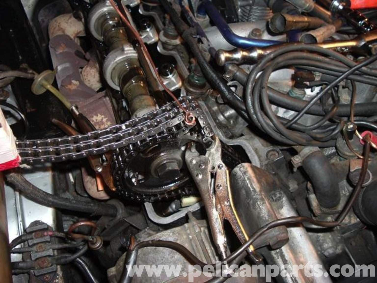 Mercedes-Benz R107 Timing Chain Replacement 1972-1986