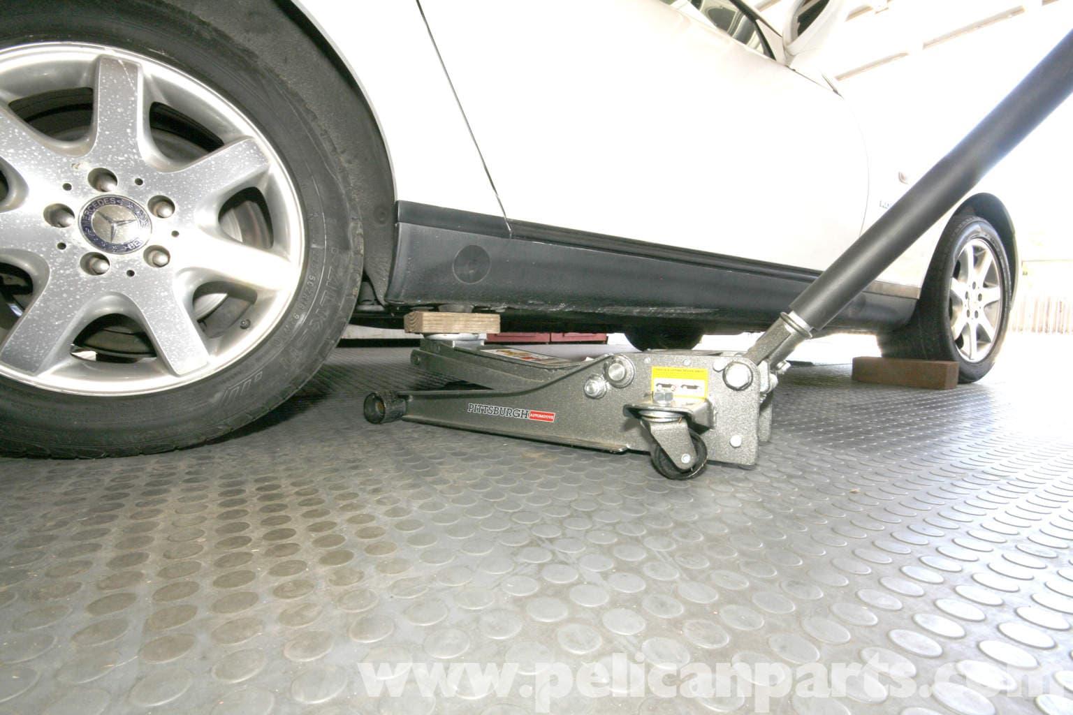 Mercedes benz slk 230 jacking up your vehicle 1998 2004 for Mercedes benz slk230 parts