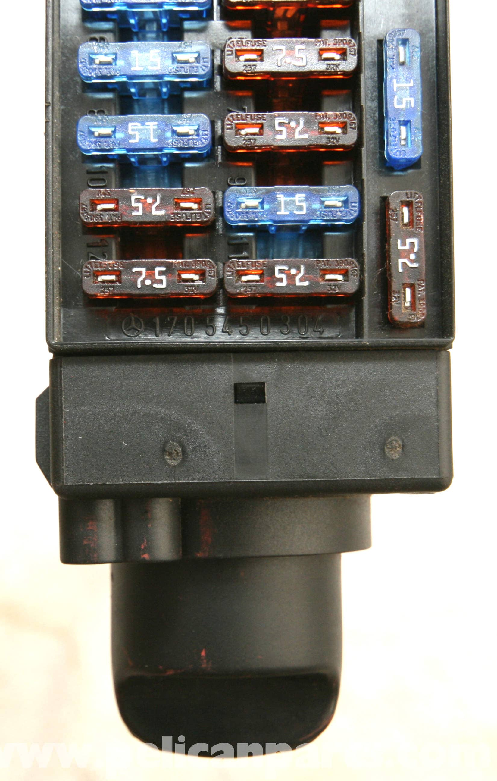 pic09 mercedes benz slk 230 headlight switch replacement 1998 2004 mercedes 1999 230 slk fuse box diagram at fashall.co