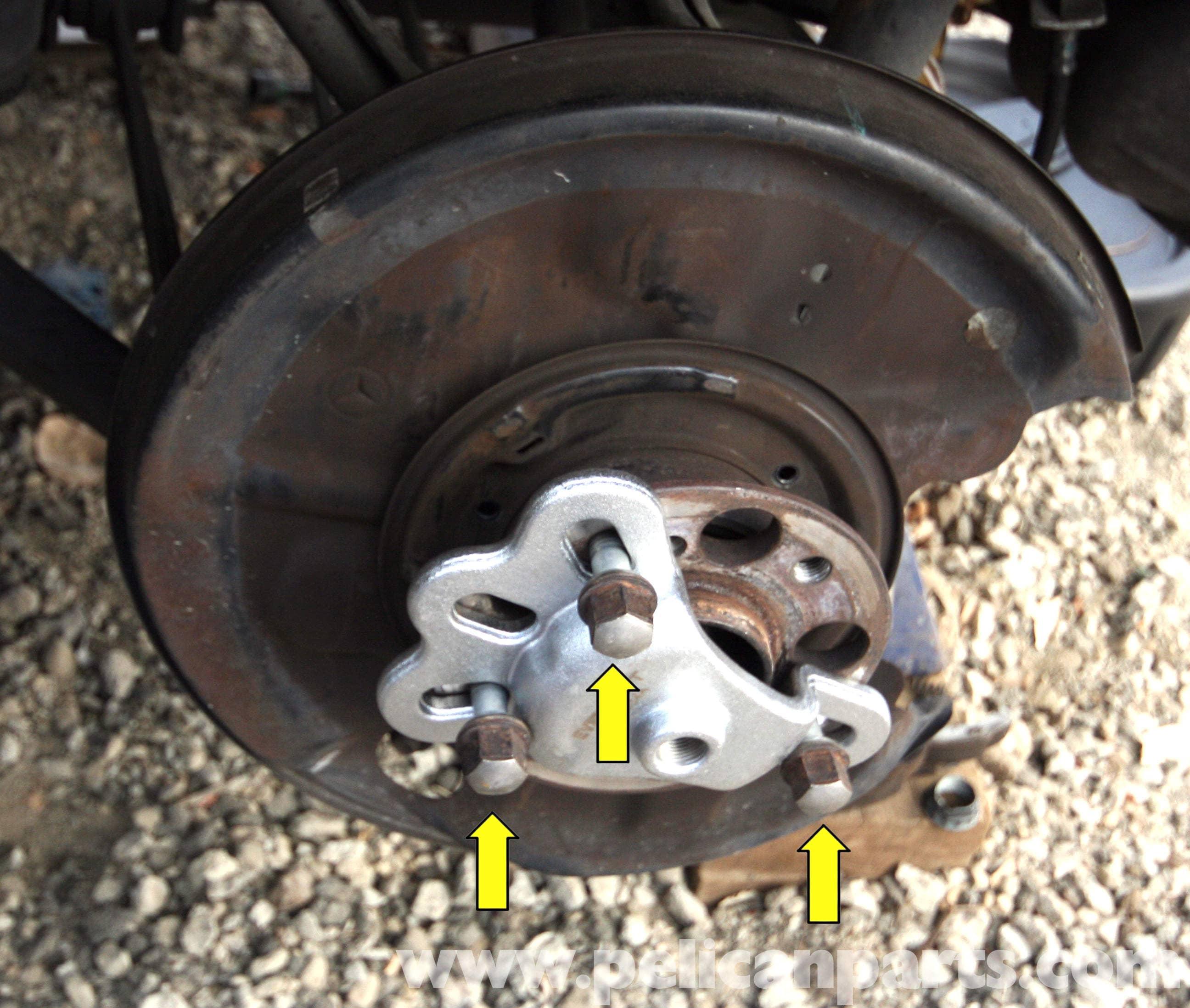 Mercedes-Benz SLK 230 Rear Wheel Hub Removal