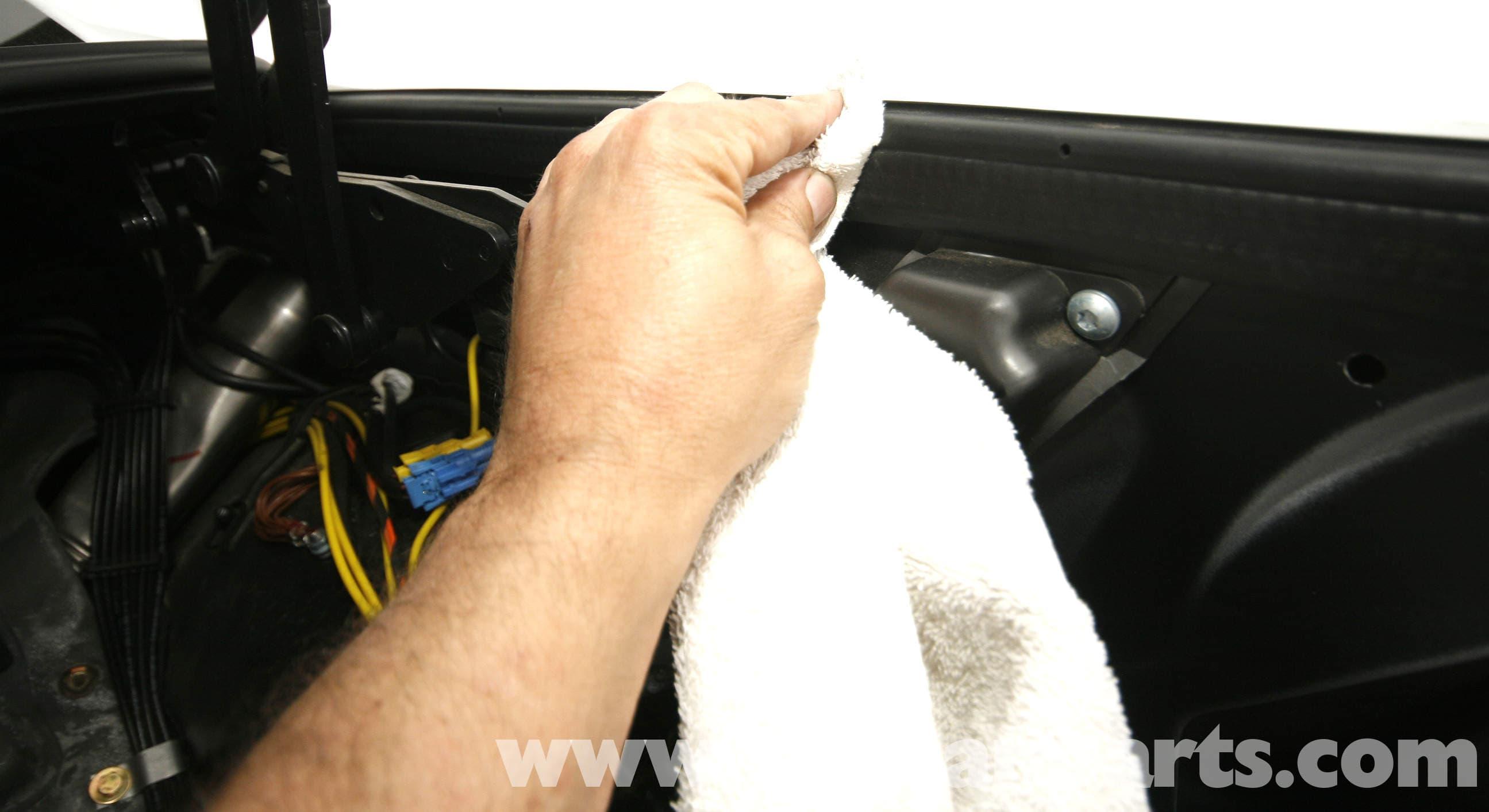 Mercedes Benz Slk 230 Vario Top Hydraulic Pump Service 1998 2004 Auto Off Com Wiring Diagram Large Image Extra