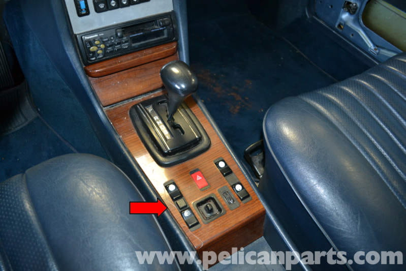 Mercedes benz w123 shift knob replacement w123 1977 for Mercedes benz replacement parts for the interior