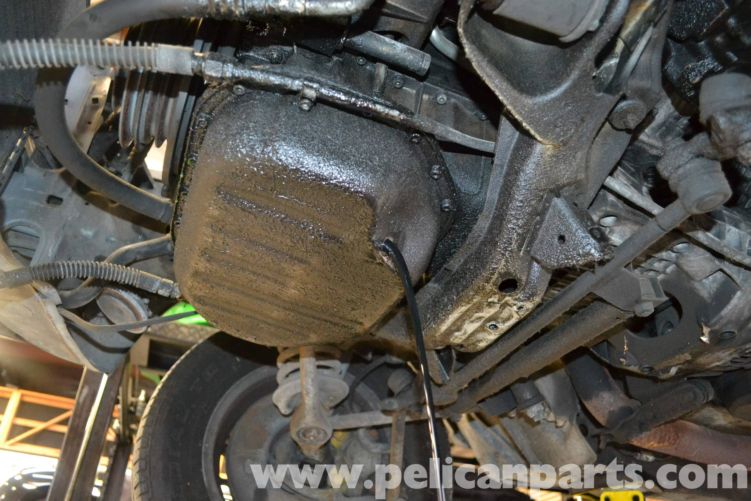 Mercedes-Benz W123 Oil Pan Gasket Replacement