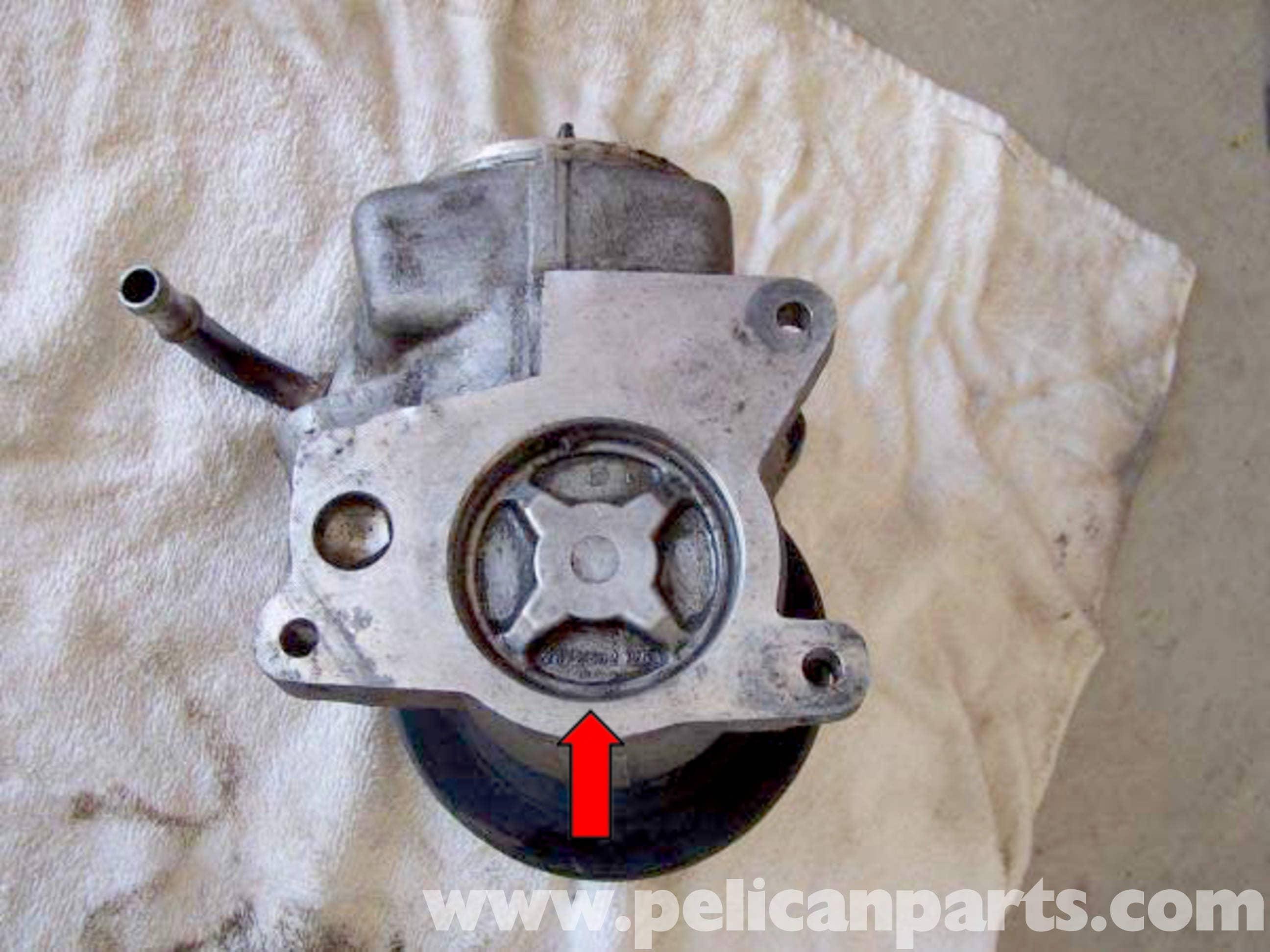 Mercedes-Benz W123 Power Steering Pump Rebuild | 300TD 1977
