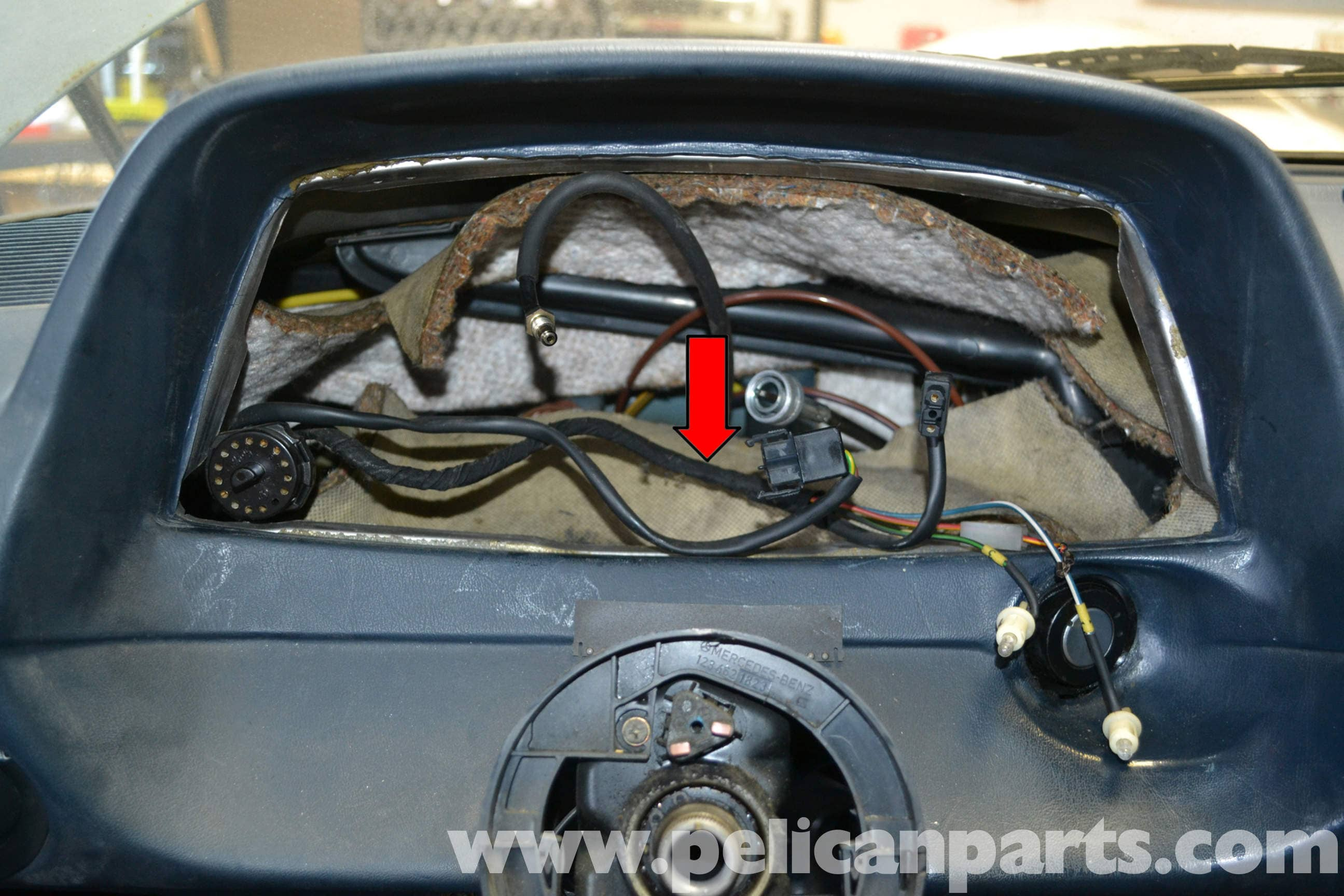Mercedes-Benz W123 Windshield Wiper Relay Replacement | W123