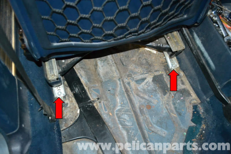 Mercedes-Benz W123 Seat Removal | W123 (1977-1985) | Pelican