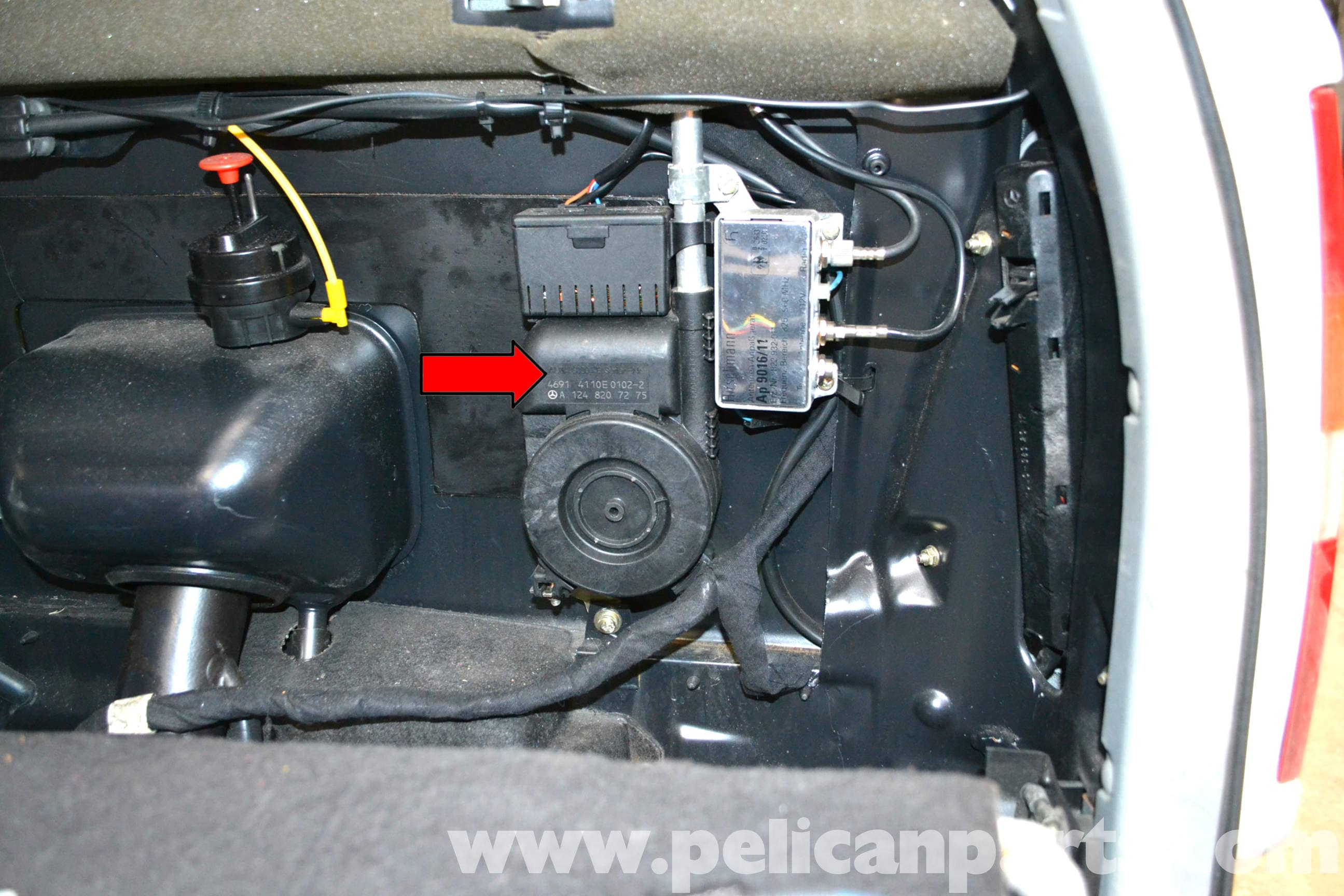 Mercedes Benz W124 Power Antenna Replacement 1986 1995 E