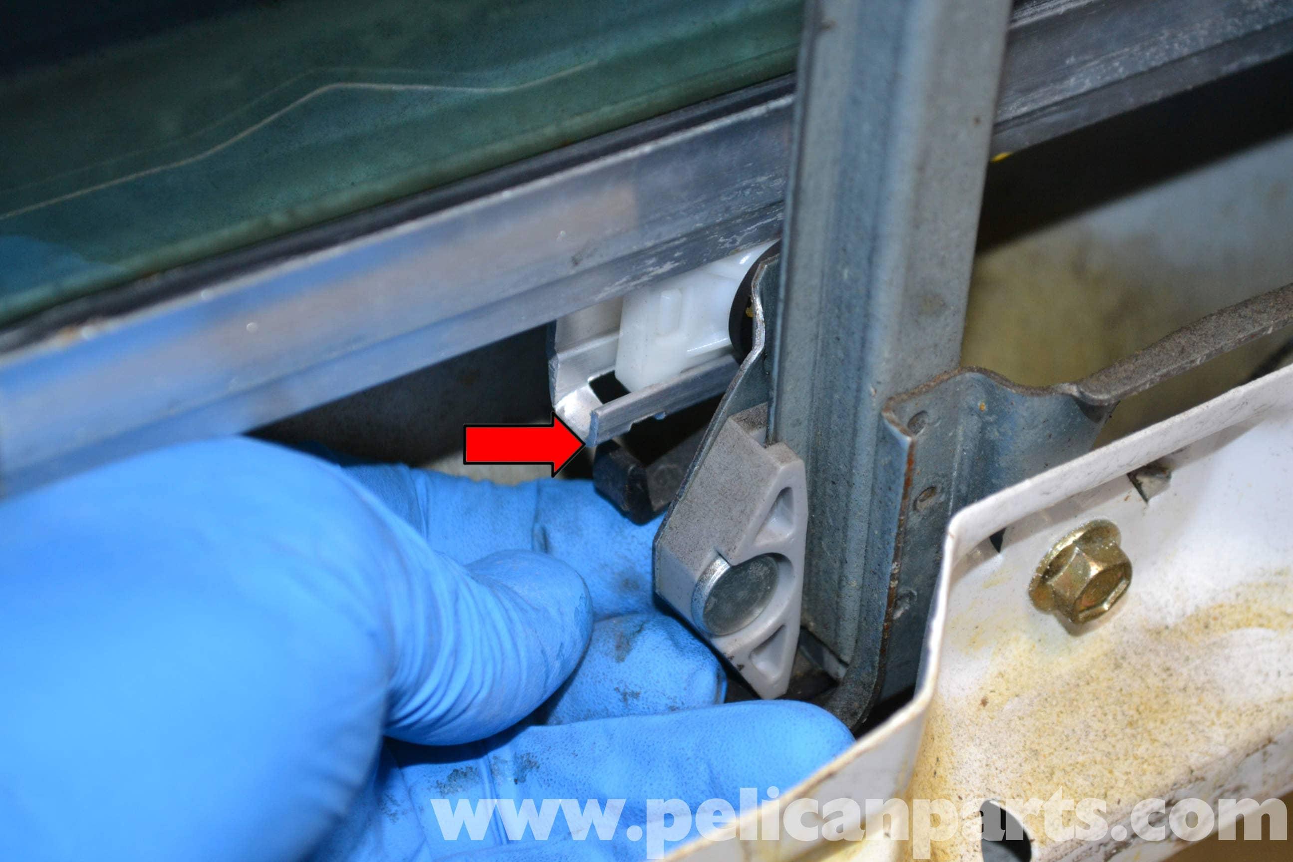 Mercedes Benz W124 Rear Window Regulator Replacement