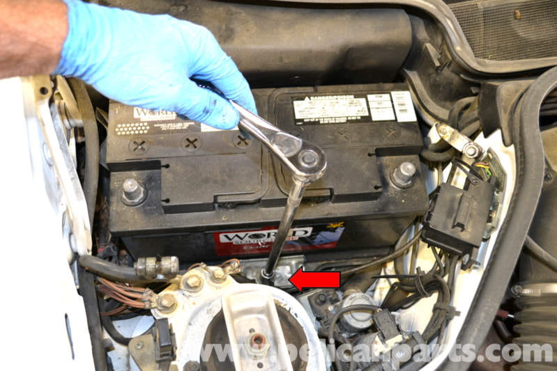Mercedes Benz W124 Over Voltage Relay Replacement 1986