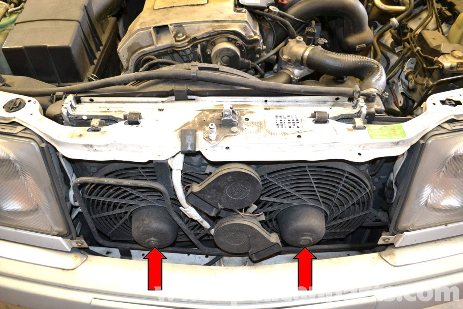 Mercedes benz w124 auxiliary fan replacement 1986 1995 e for Mercedes benz fans
