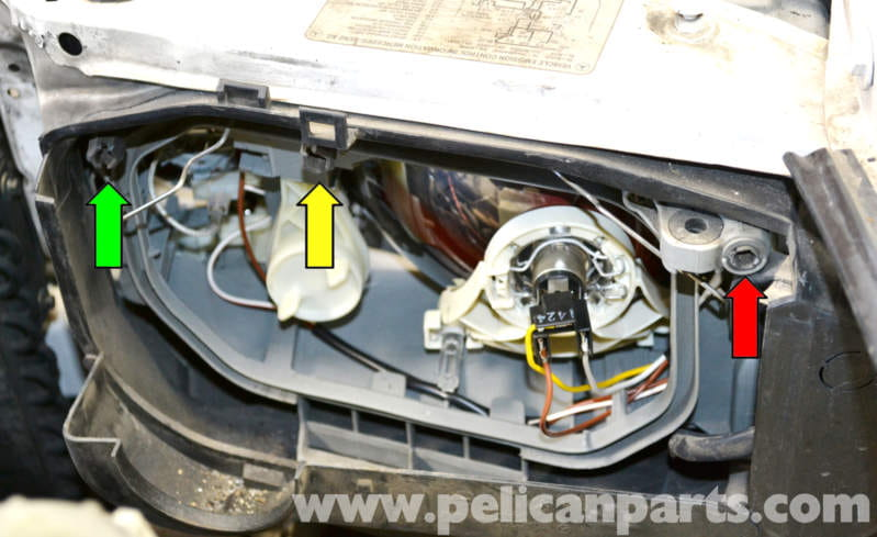 Mercedes Benz W124 Headlight Assembly and Bulb Replacement