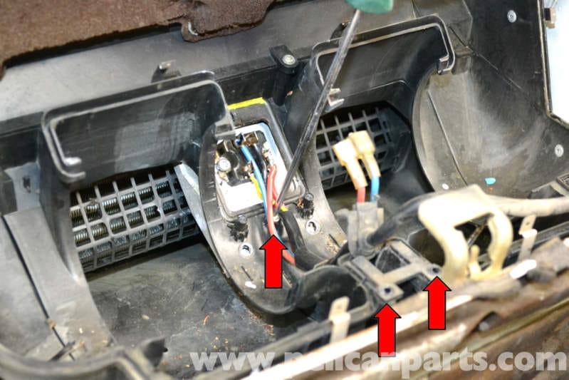 Mercedesbenz W124 Hvac Resistor Replacement 19861995 Eclass Rhpelicanparts: 1986 Mercedes 300e Blower Motor Schematic At Elf-jo.com