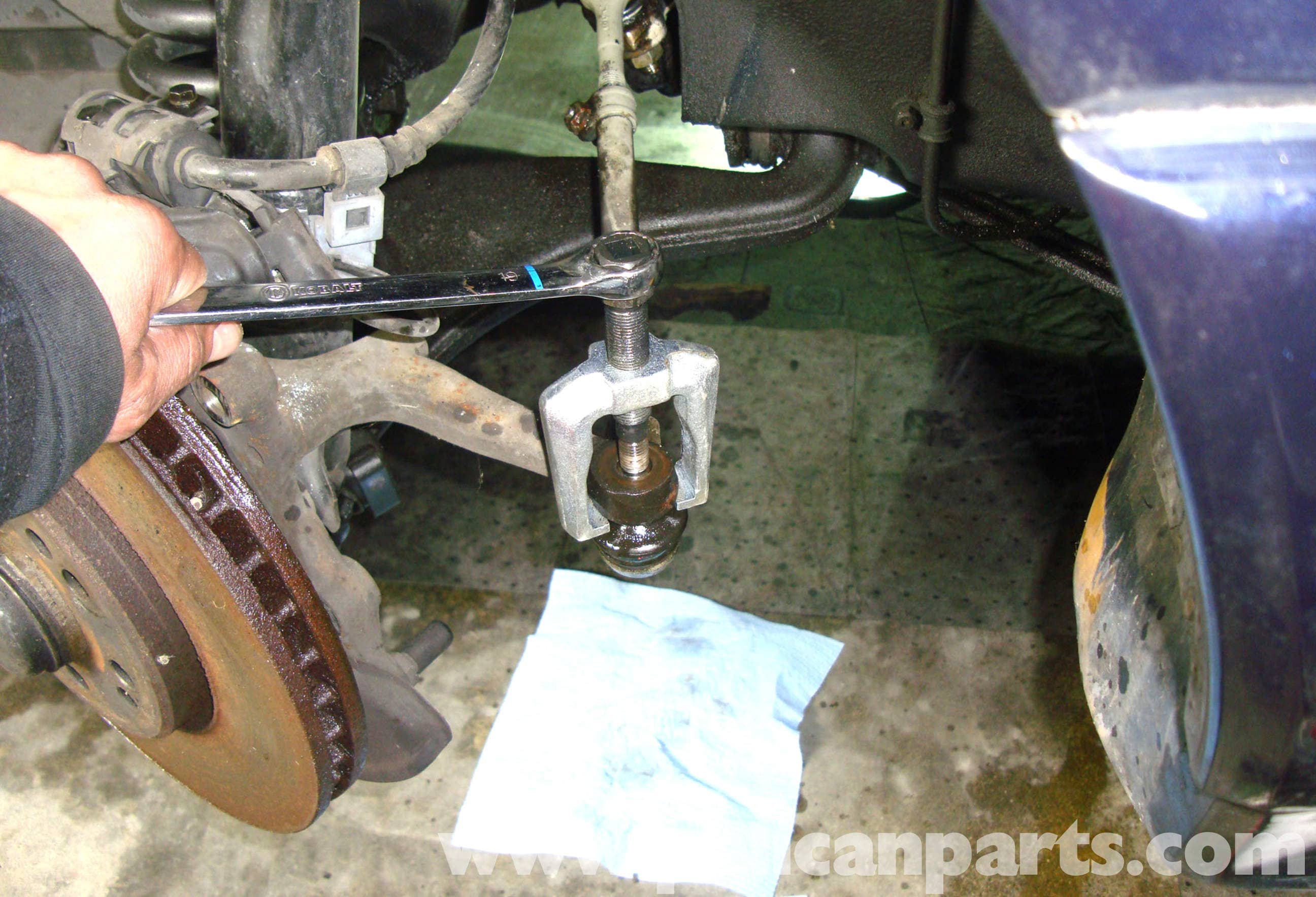 Mercedes-Benz R129 Tie Rod End Removal - SL500, 500SL ...