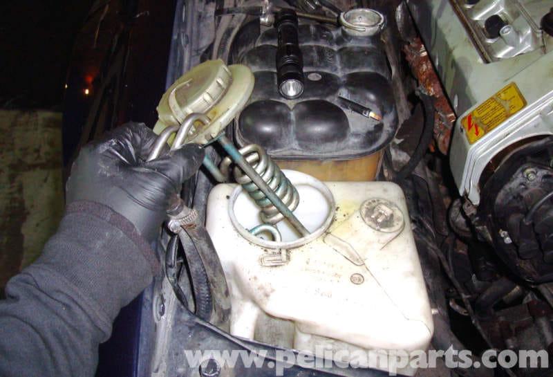 Plastic Hose Clamps >> Mercedes-Benz R129 Washer Fluid Reservoir Removal - SL500 ...