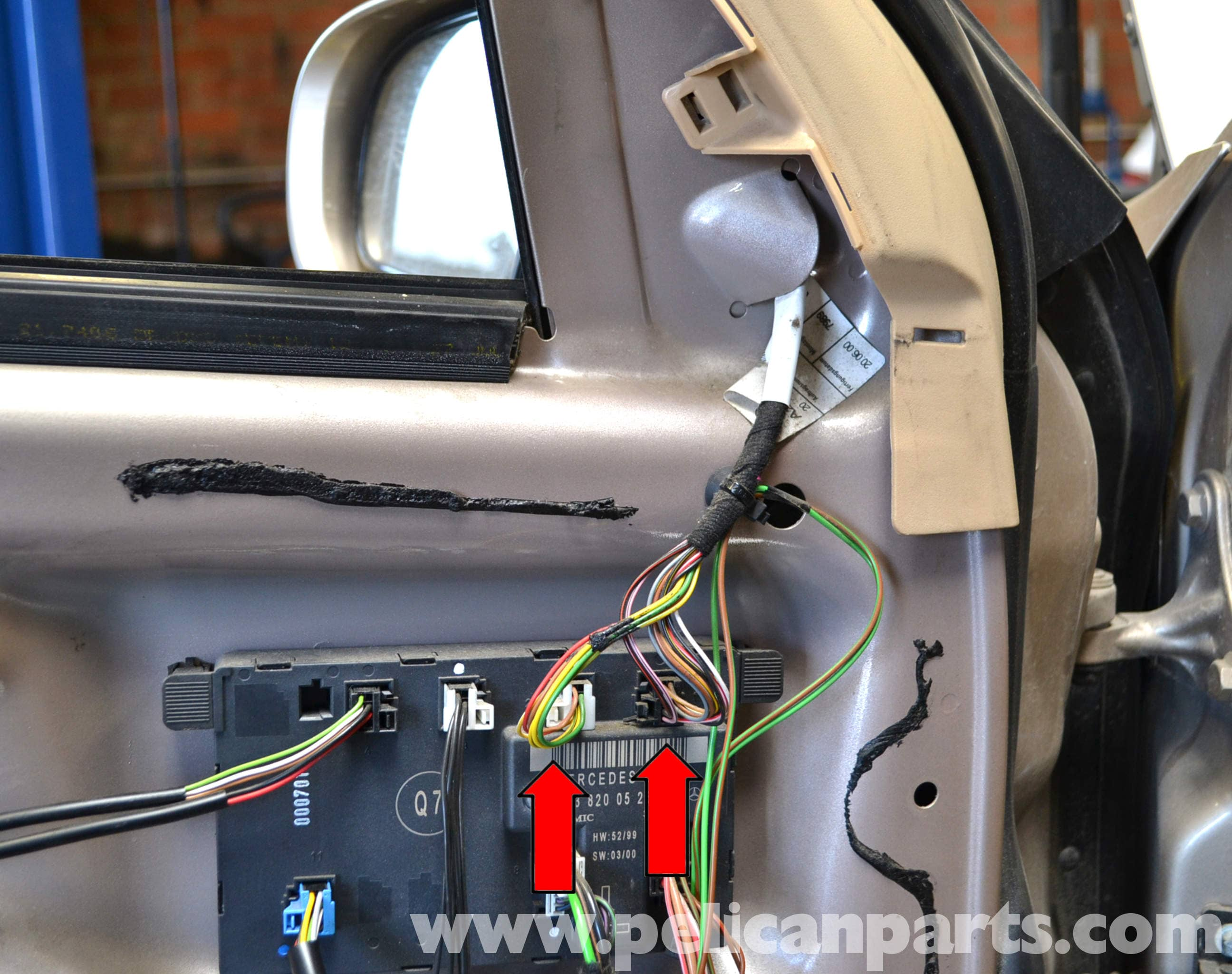 pic09 mercedes benz w203 exterior mirror replacement (2001 2007) c230 door wiring harness at n-0.co