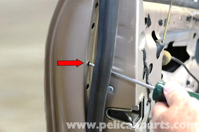 Mercedes Benz W203 Front Door Handle Removal 2001 2007