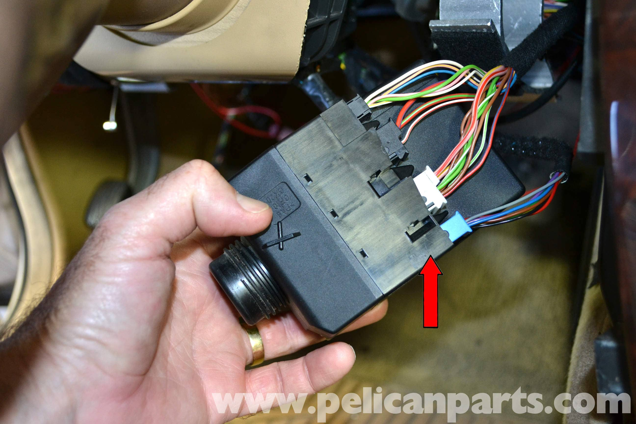 pic12 mercedes benz w203 ignition switch replacement (2001 2007) c230  at fashall.co