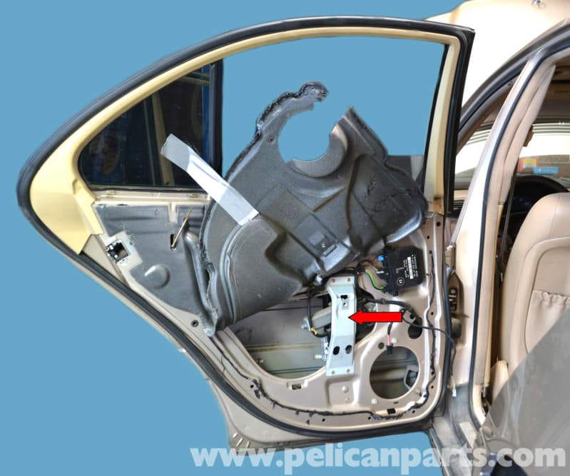 Mercedes Benz W203 Rear Window Regulator Replacement