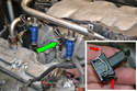 Remove the wiring harness from the injector (green arrow).